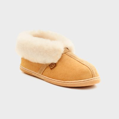 Queen slipper 3-9 $140